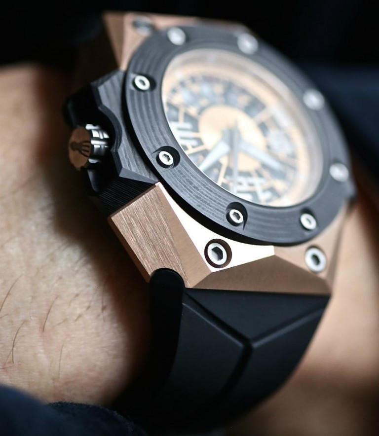 Linde Werdelin Oktopus Moon Gold 3DTP Carbon Mens Replica Watch